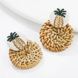 Woven straw embroidery pineapple earrings